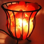 25-Metal-basket-salt-lamp